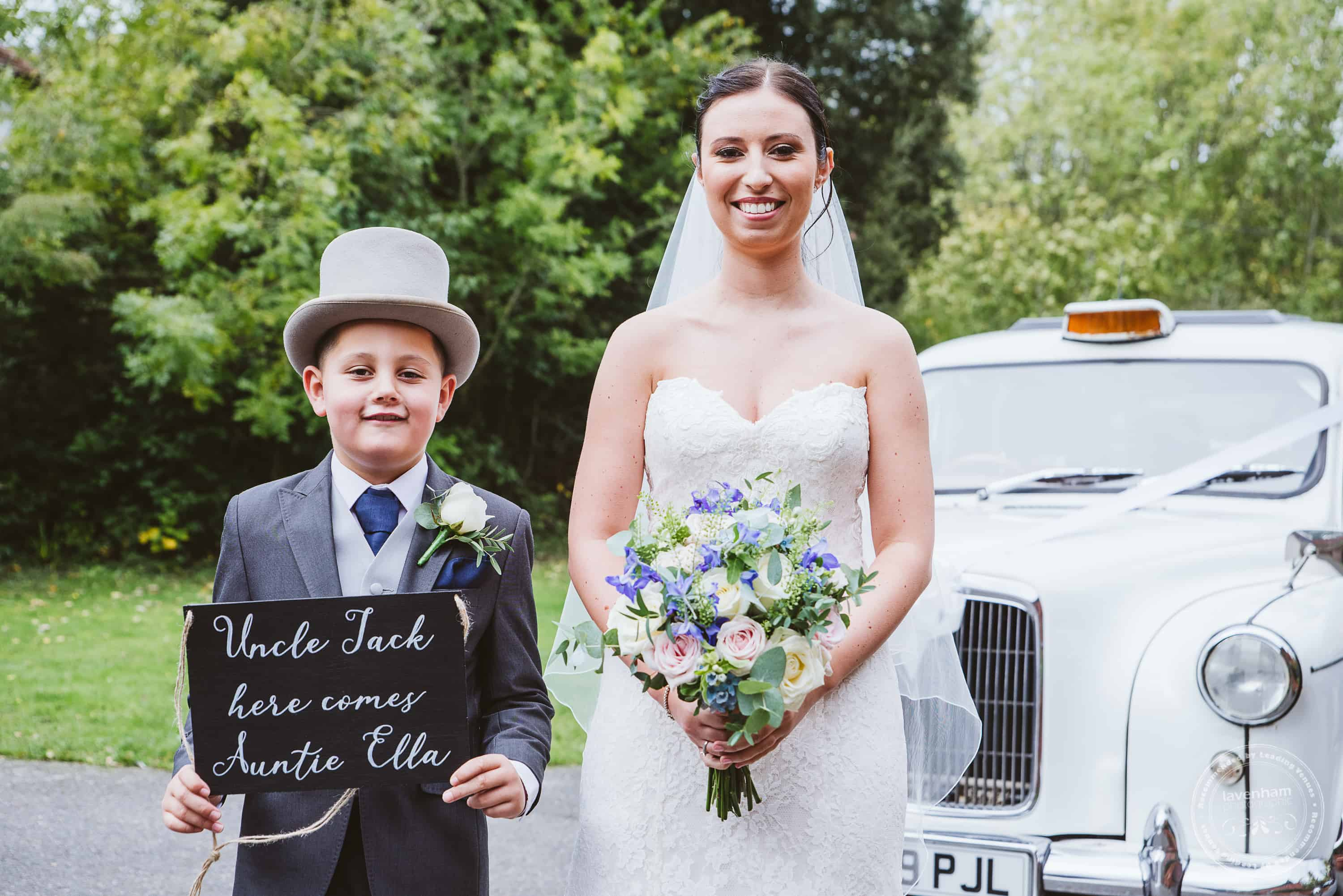 261019 Bull and Willow Room Essex Wedding Photographer 021
