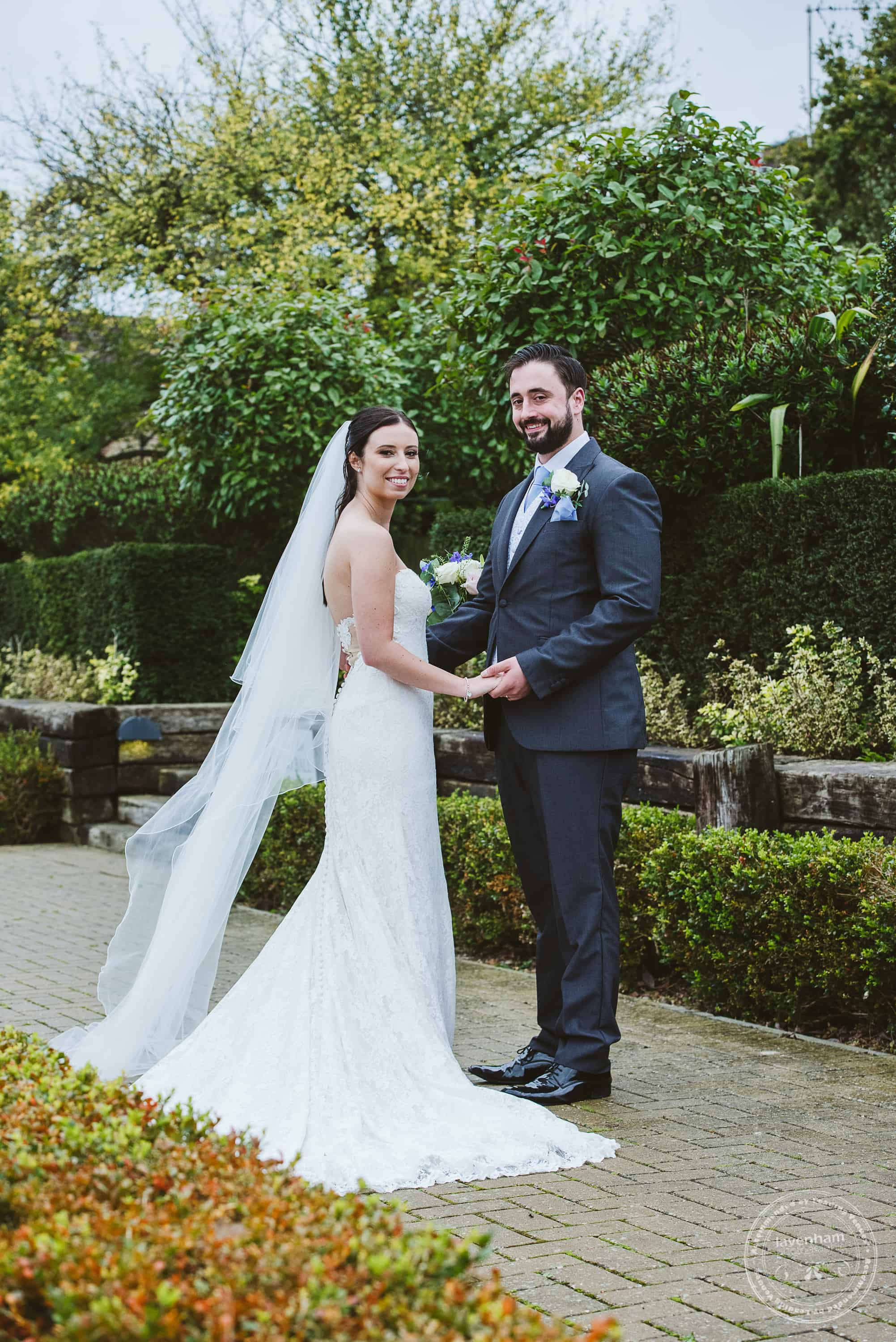 261019 Bull and Willow Room Essex Wedding Photographer 066