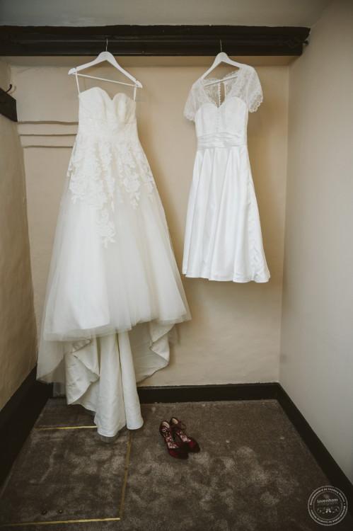 280220 Leez Priory Wedding Photography 010