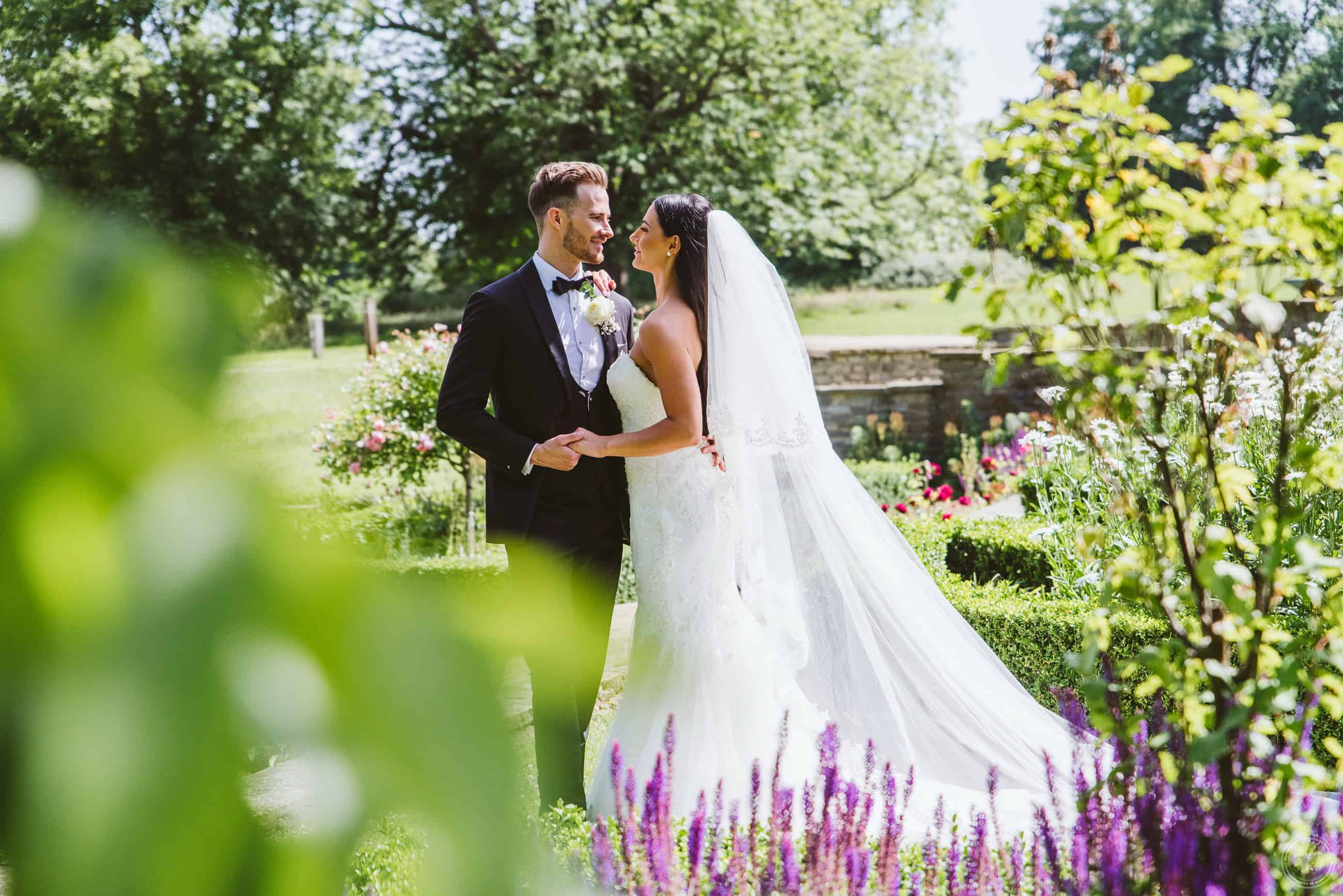280619 Hylands House Essex Wedding Photography 0142